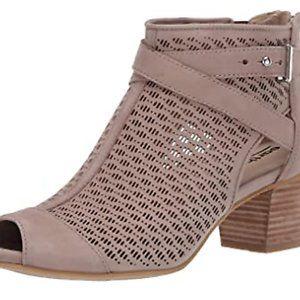Earth Womens Leros Gaia Leather Comfort Sandals